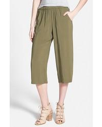 Оливковые брюки-кюлоты