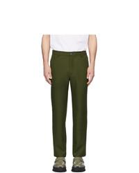 Оливковые брюки чинос от Goodfight