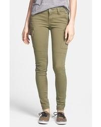 Оливковые узкие брюки