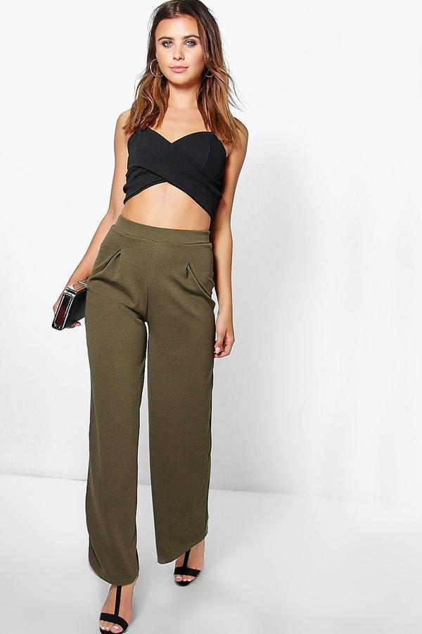 С чем носить широкие брюки женские
