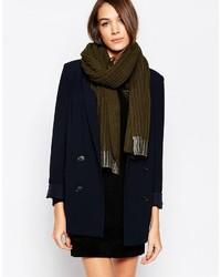 Женский оливковый вязаный шарф от French Connection