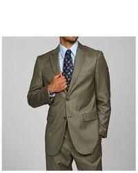 Оливковый пиджак в вертикальную полоску