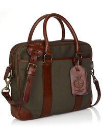Оливковый портфель из плотной ткани