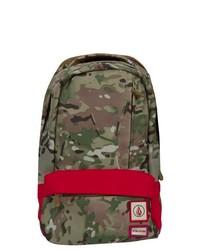 Оливковый рюкзак с камуфляжным принтом