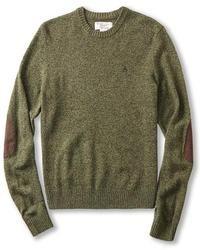 Оливковый свитер с круглым вырезом