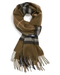 Оливковый шерстяной шарф в шотландскую клетку