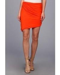 Оранжевая мини юбках