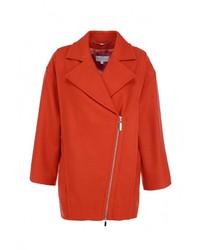 Женское оранжевое пальто от Escada Sport