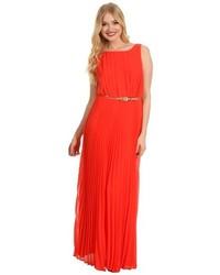 Оранжевое платье-макси