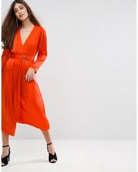 Оранжевое шелковое платье-миди