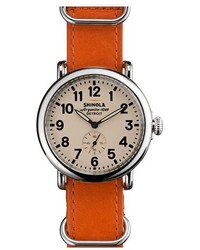 Оранжевые кожаные часы