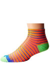 Оранжевые носки в горизонтальную полоску