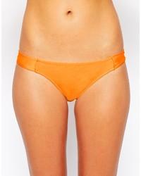Оранжевые трусики бикини