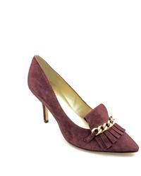 Пурпурные замшевые туфли с украшением