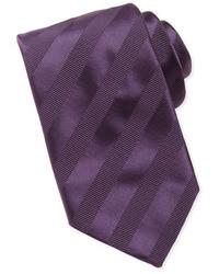 Пурпурный галстук в горизонтальную полоску