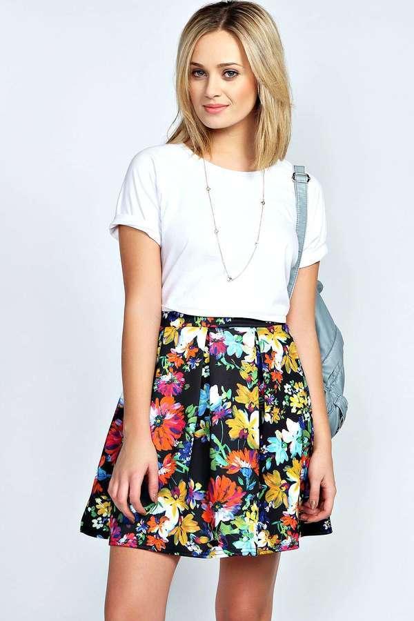 Разноцветная короткая юбка