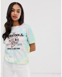 Разноцветная футболка с круглым вырезом с принтом тай-дай