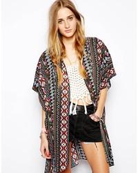 Разноцветное кимоно с геометрическим рисунком
