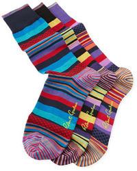 Разноцветные носки в горизонтальную полоску
