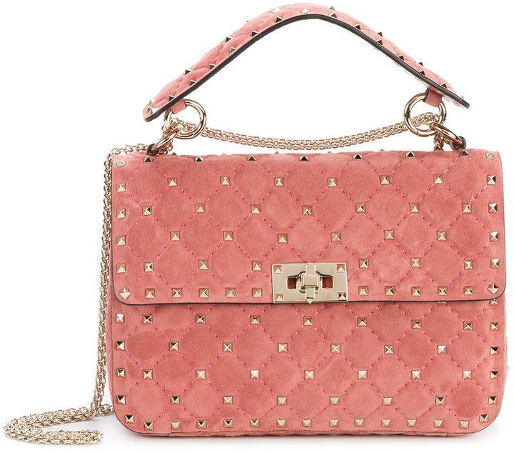 f06f11cb1e94 Розовая замшевая сумка через плечо от Valentino Garavani   Где ...