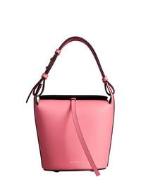Розовая кожаная сумка-мешок от Burberry