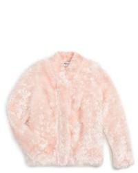 Розовая меховая куртка