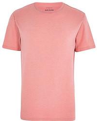 Розовая футболка с круглым вырезом