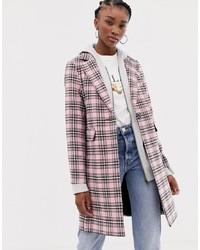 Розовое пальто в шотландскую клетку