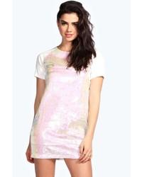 Розовое платье прямого кроя с пайетками