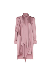 Розовое платье-рубашка от Fendi