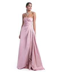 Розовое сатиновое вечернее платье со складками
