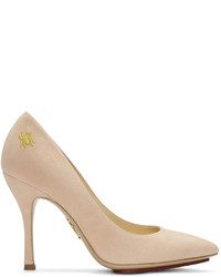 Розовые замшевые туфли от Charlotte Olympia