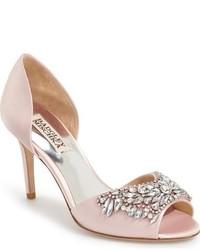 Розовые сатиновые туфли с украшением