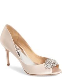 Розовые сатиновые туфли