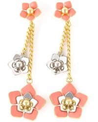 Розовые серьги с цветочным принтом от Fendi