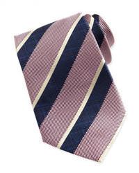 Розовый галстук в вертикальную полоску