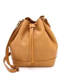 Светло-коричневая кожаная сумка-мешок
