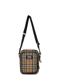 Светло-коричневая сумка почтальона из плотной ткани от Burberry