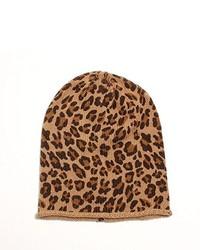 Светло-коричневая шапка с леопардовым принтом