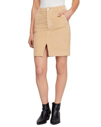Светло-коричневая юбка-карандаш с разрезом