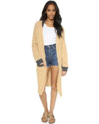 Светло-коричневое вязаное пальто