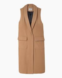 Светло-коричневое пальто без рукавов