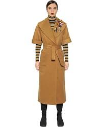 Светло-коричневое пальто с вышивкой