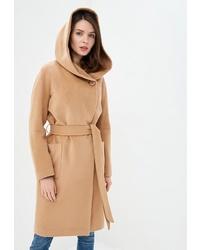 Женское светло-коричневое пальто от La Reine Blanche
