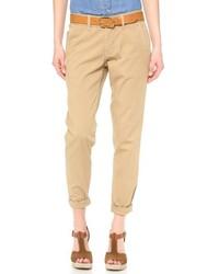 Светло-коричневые брюки чинос