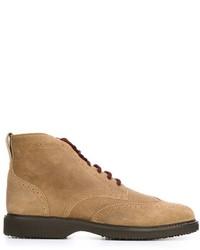 Светло-коричневые замшевые ботинки броги
