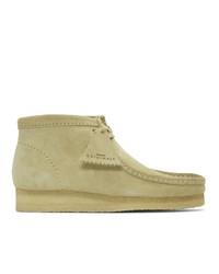 Светло-коричневые замшевые ботинки дезерты от Clarks Originals