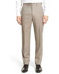 Светло-коричневые классические брюки в клетку