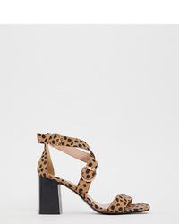 ef8b4e289739 Купить светло-коричневые кожаные босоножек на каблуке с леопардовым ...
