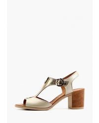 Светло-коричневые кожаные босоножки на каблуке от Ed'art